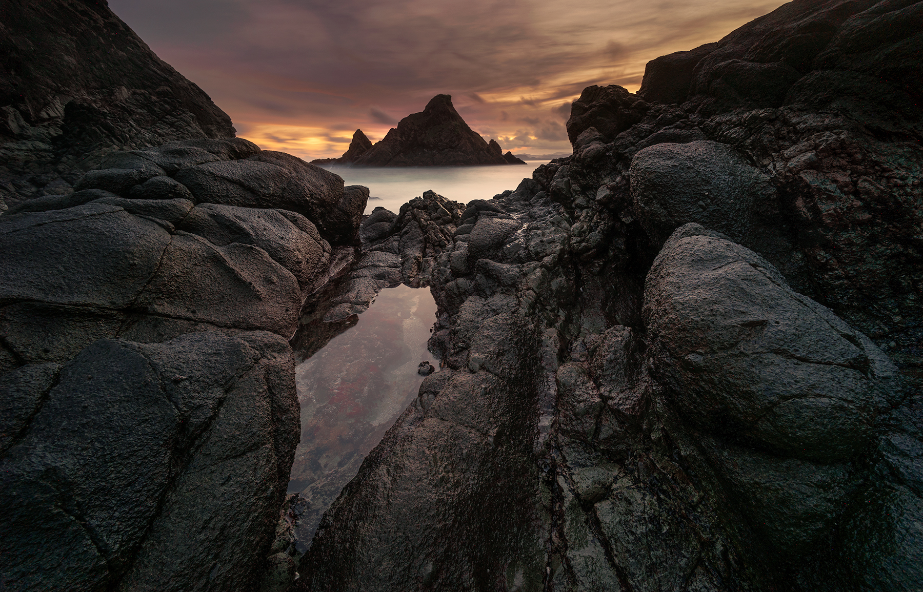 Telawas Rocks, Indonesia