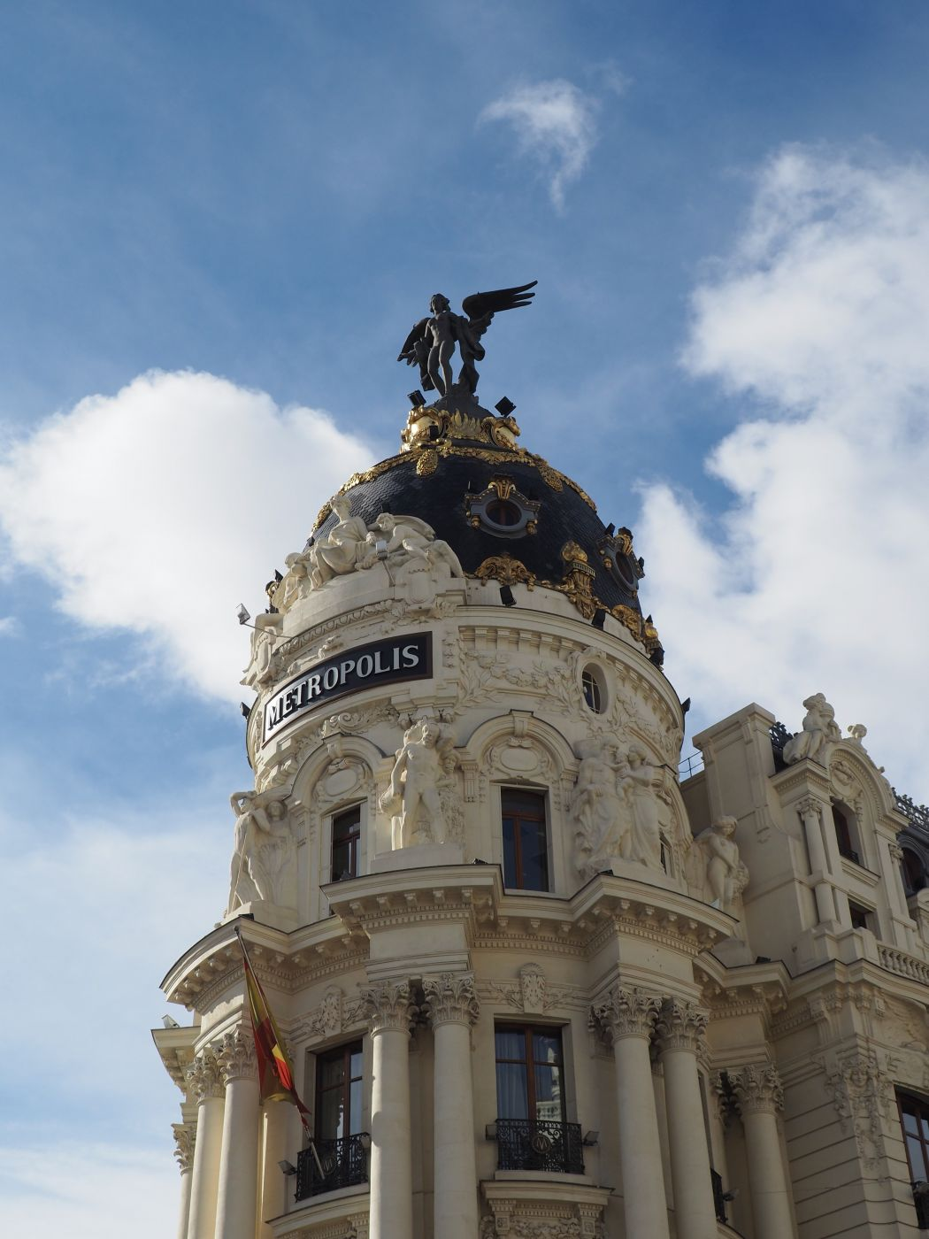 Metropolis, Spain