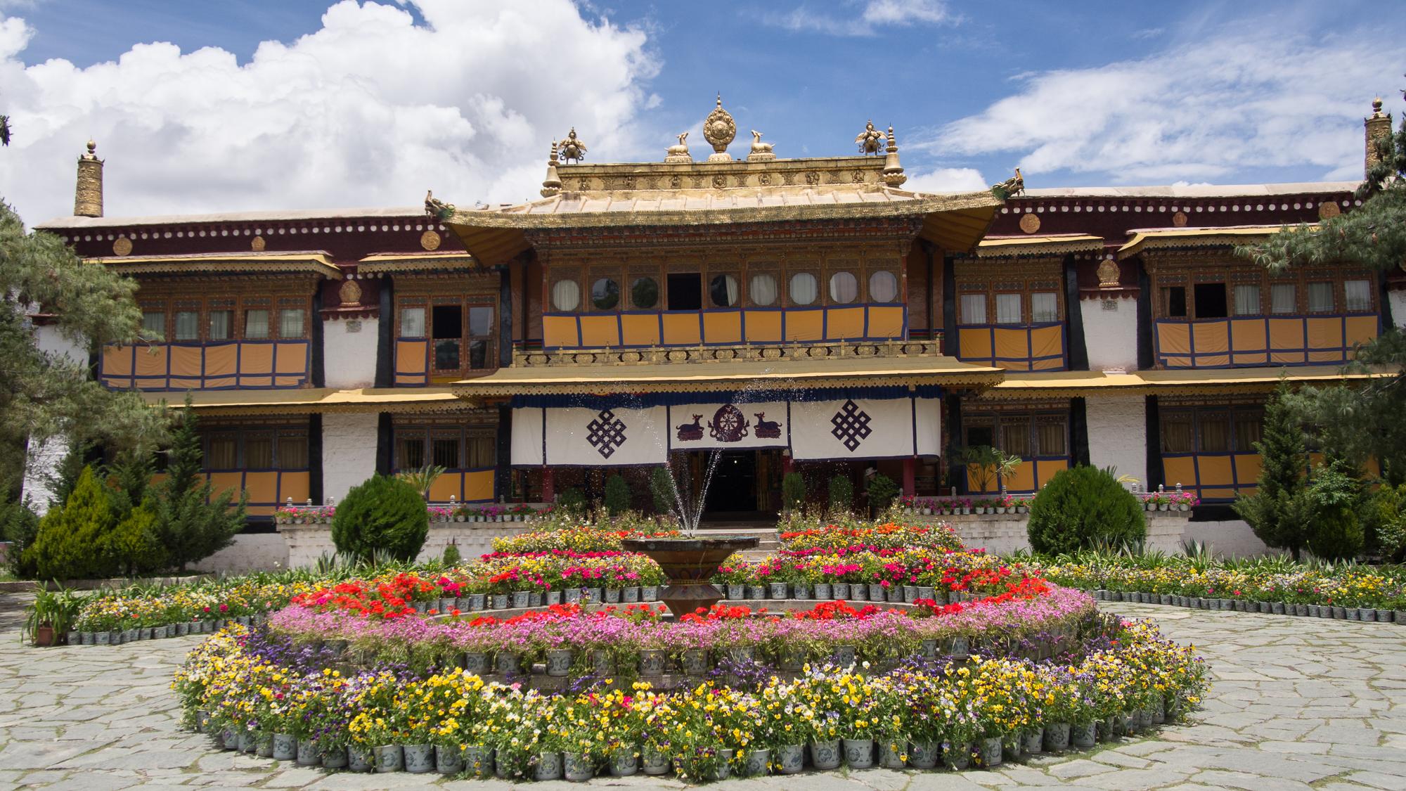 Norbulinka summer Palace, China