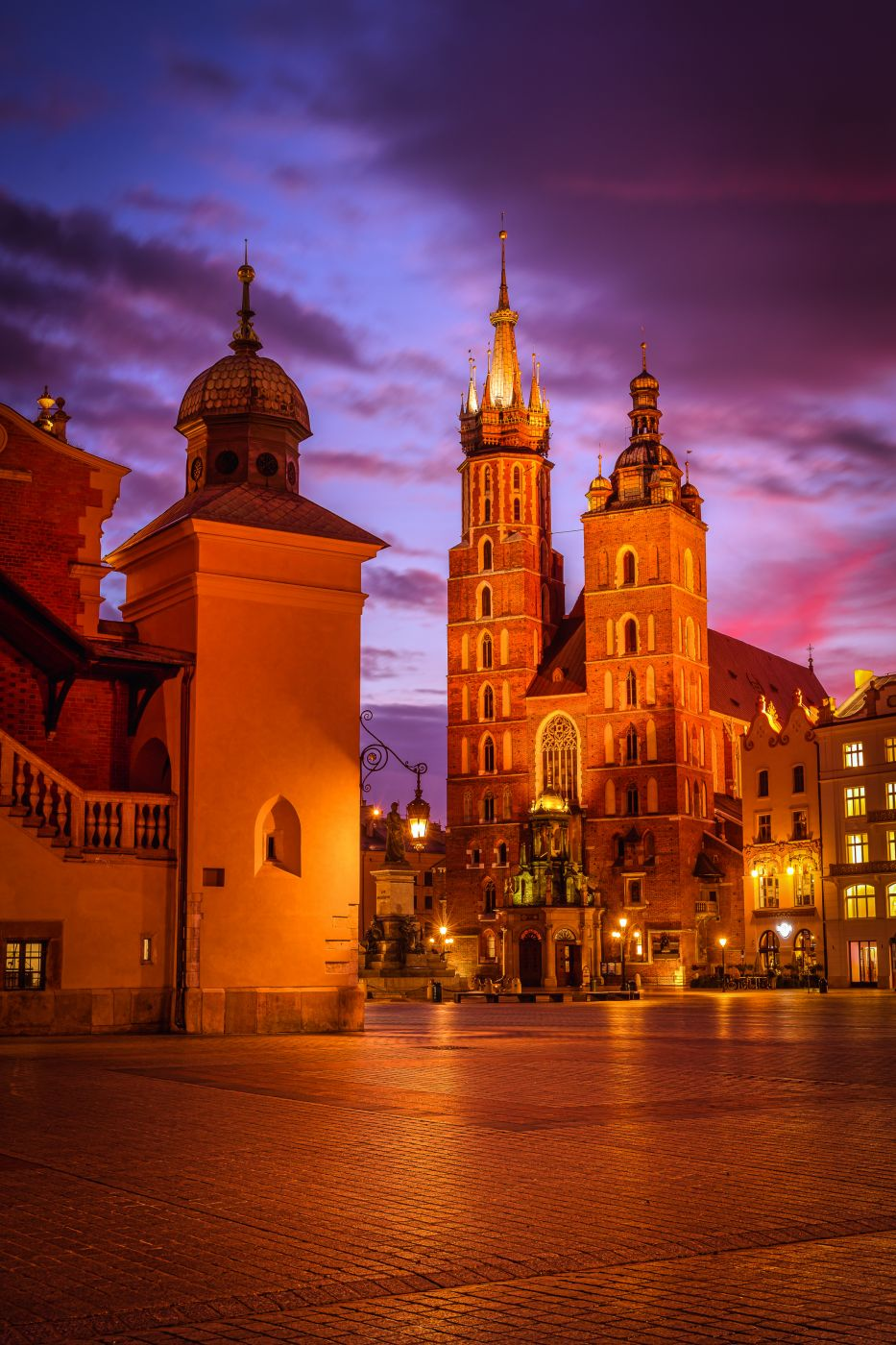 St. Mary's Basilica and Cloth Hall, Kraków, Poland