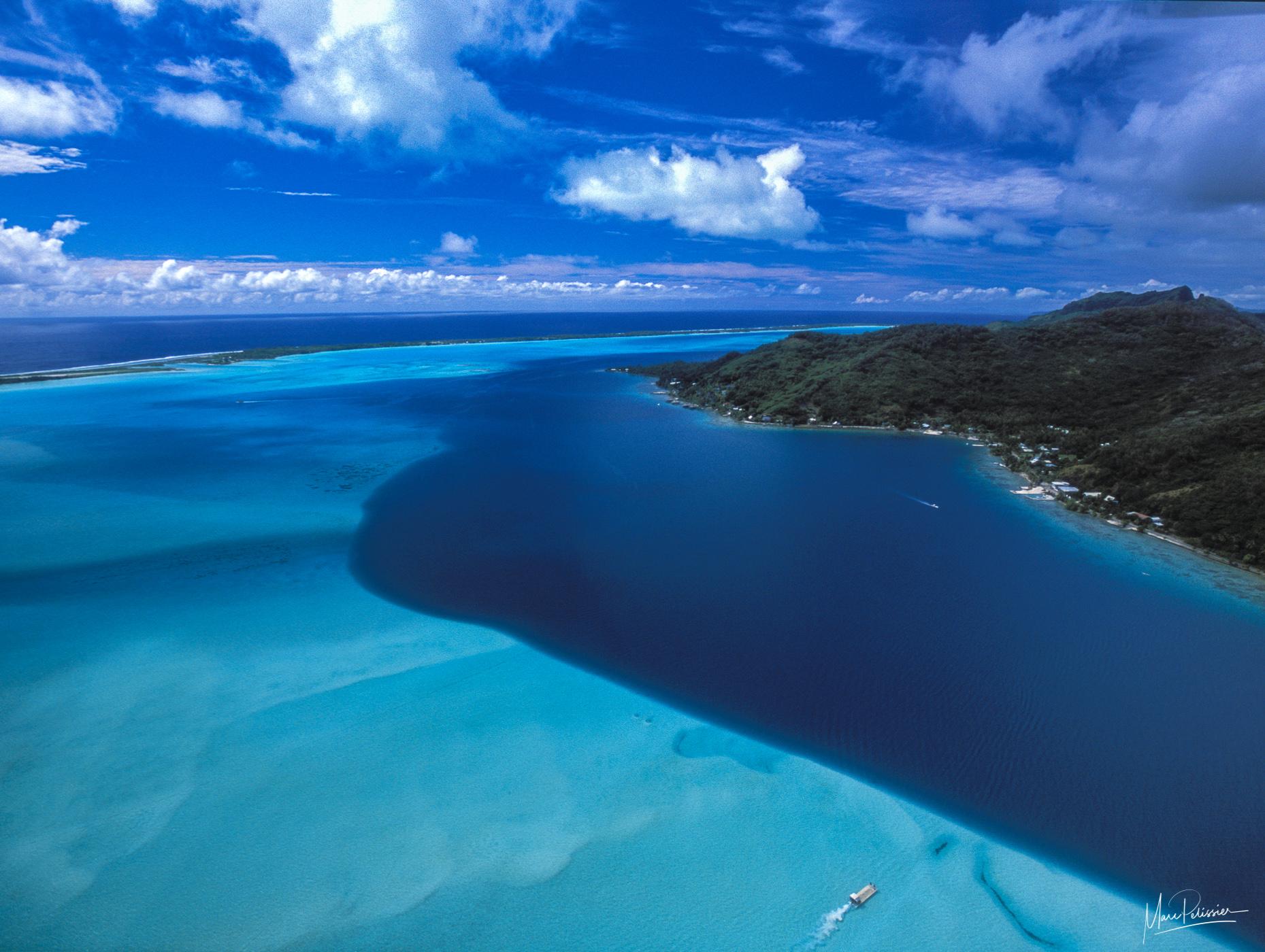 To the border, French Polynesia