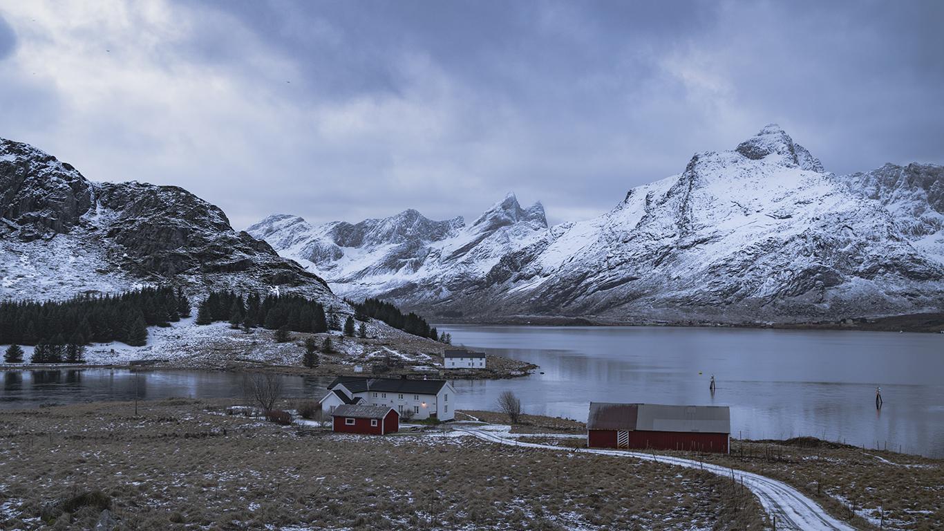 E10 near Geitelva, Norway