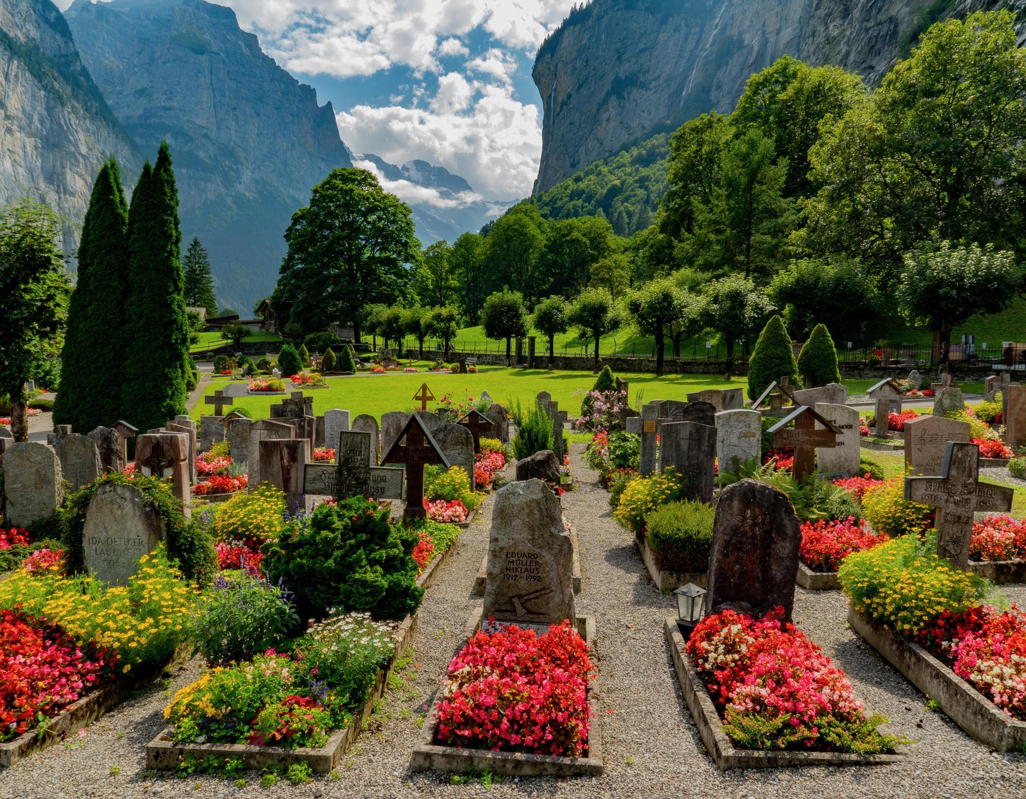 Lauterbrunnen Cemetary, Switzerland
