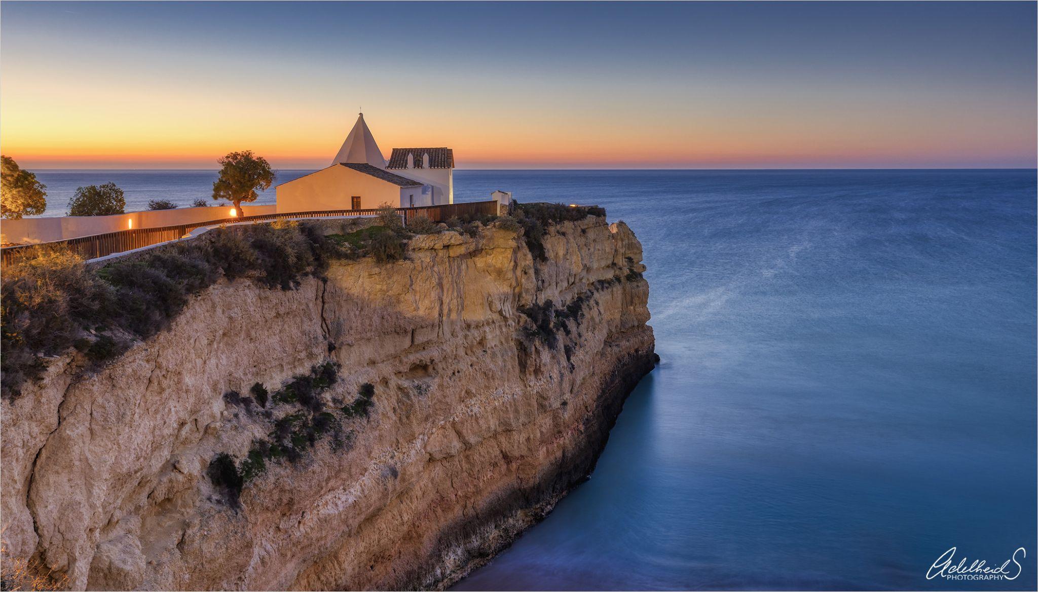 Nossa Senhora da Rocha, Portugal