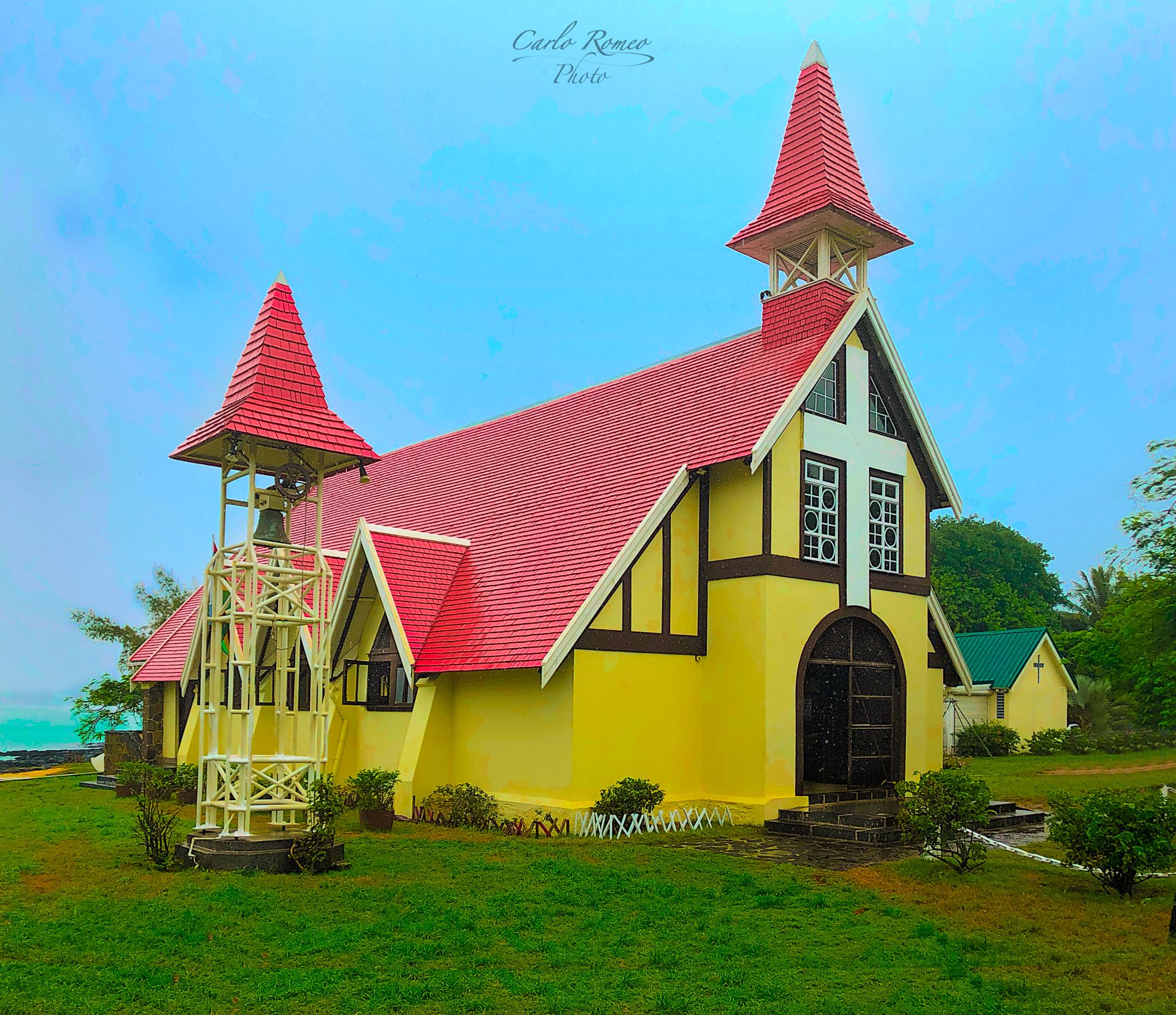 Notre Dame Auxiliatrice (Red Church), Mauritius