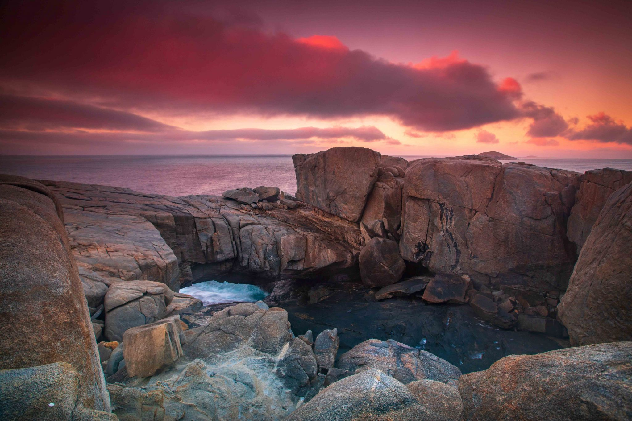 The Natural Bridge sunrise Torndirrup Western Australia, Australia