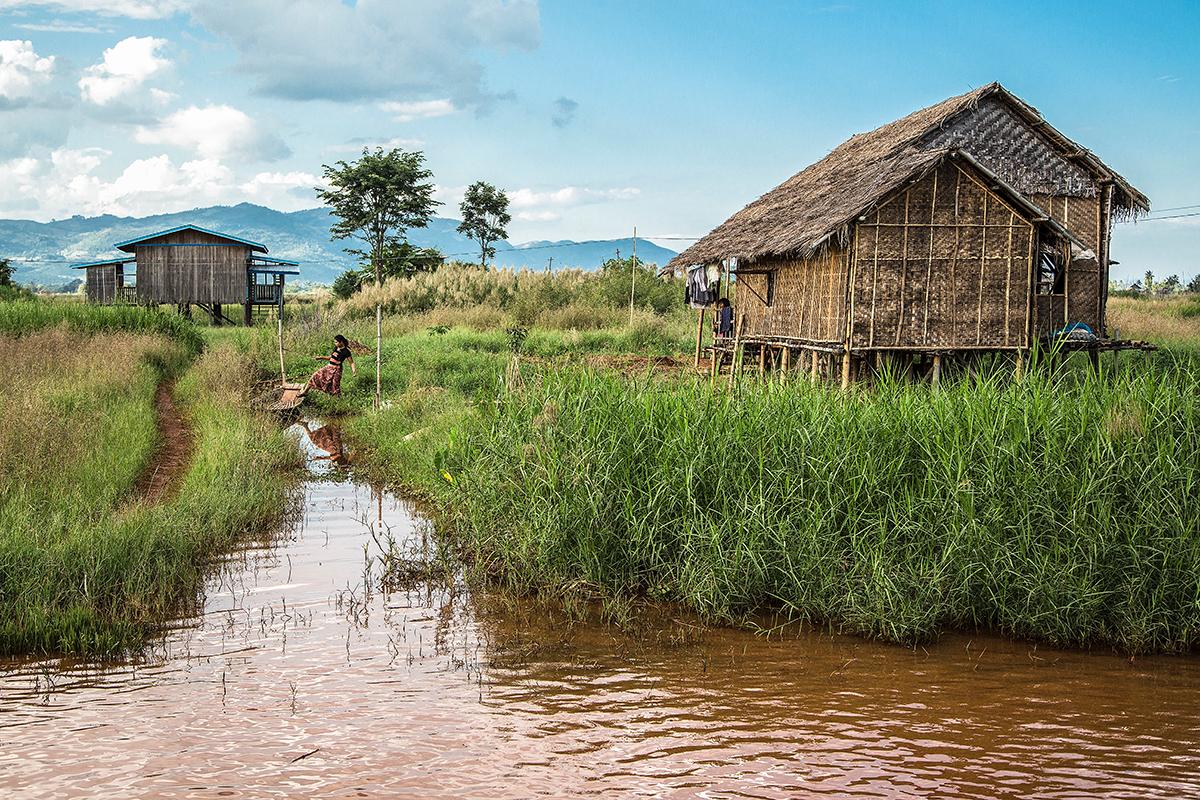 Living in the water, Myanmar