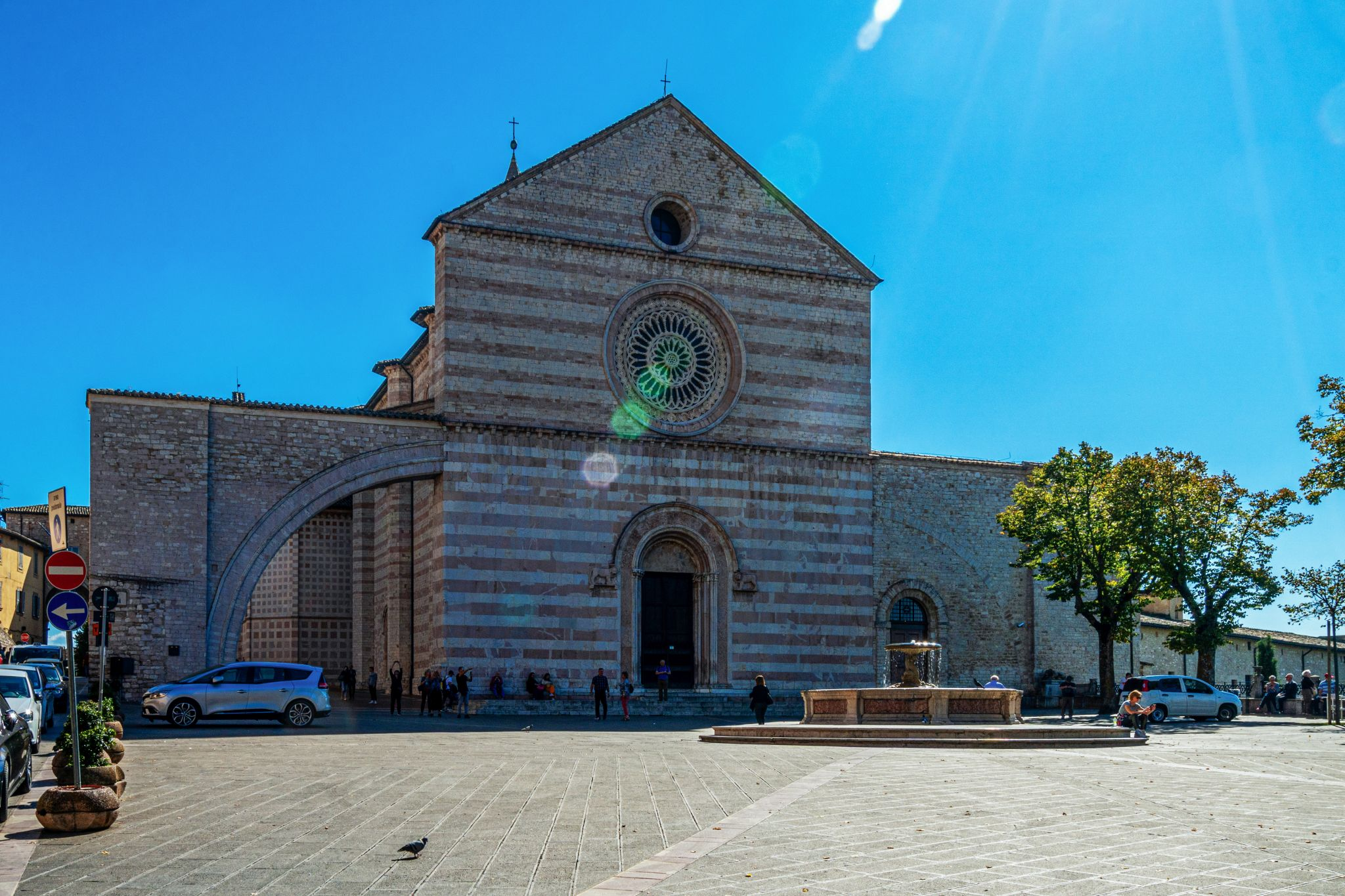 Basilica di Sanata Chiara, Assisi, Italy