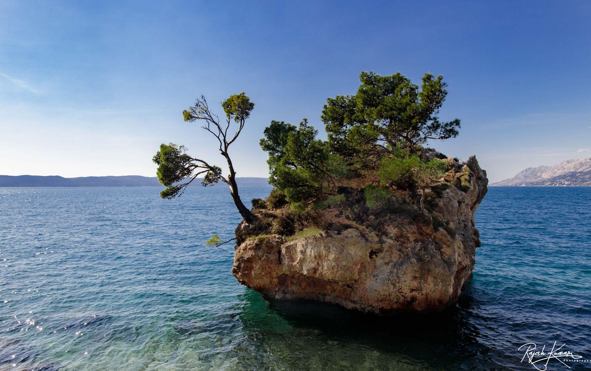 Kamen Brela, Croatia