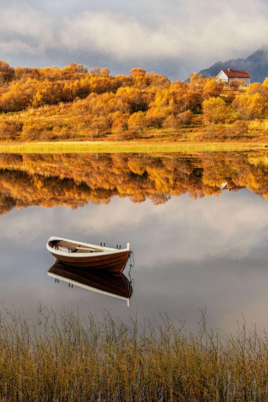 Skullbruvatnet view - Leknes, Norway