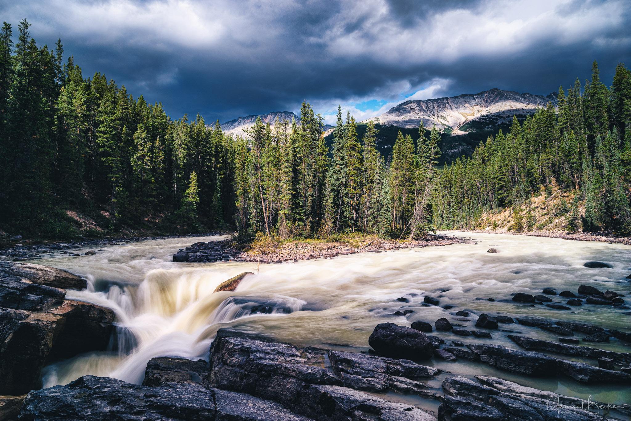 Sunwapta Falls from nearby, Canada