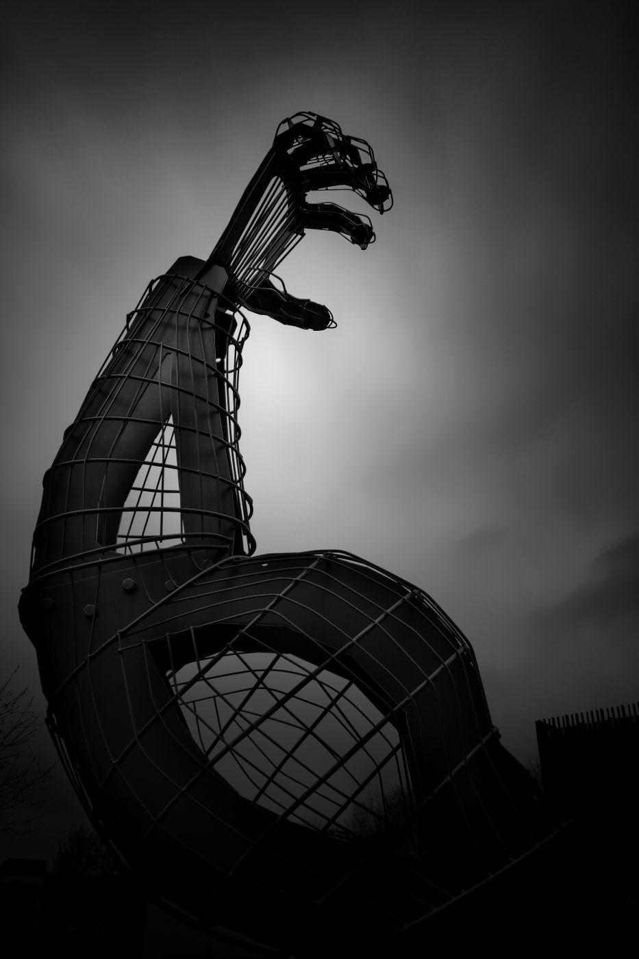 The Arm of John Grün, Luxembourg