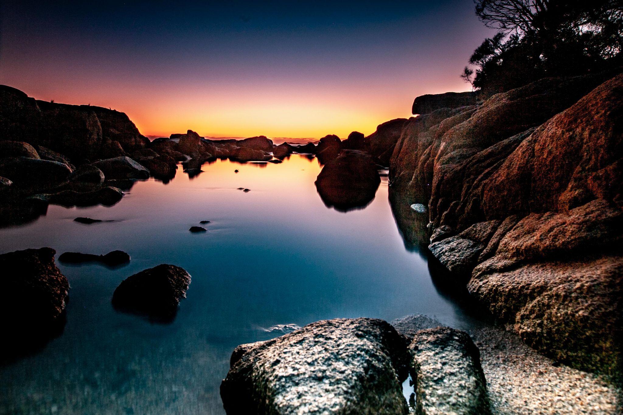 Binalong Bay sunrise Tasmania, Australia
