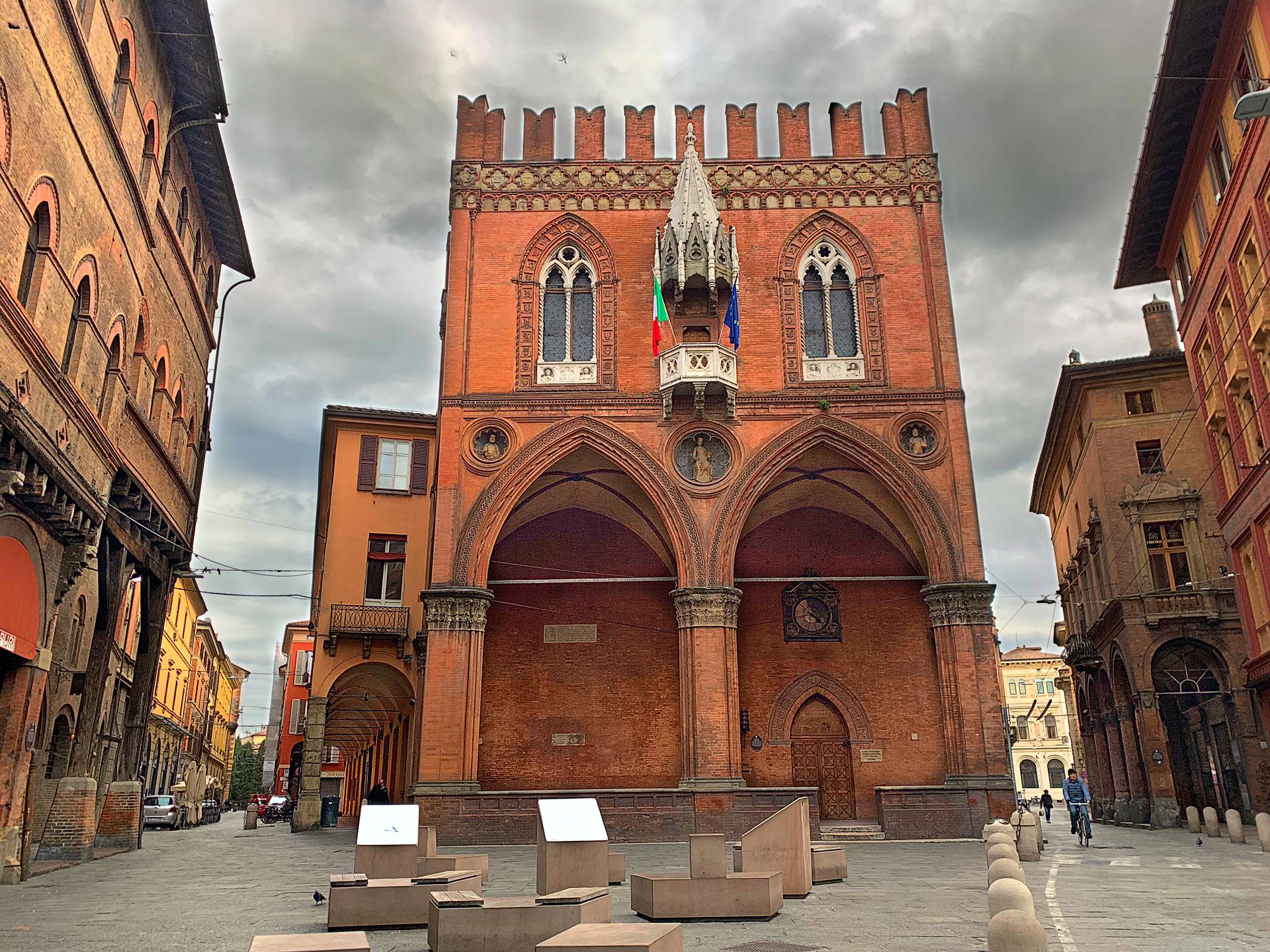 Piazza della Mercanzia, Italy