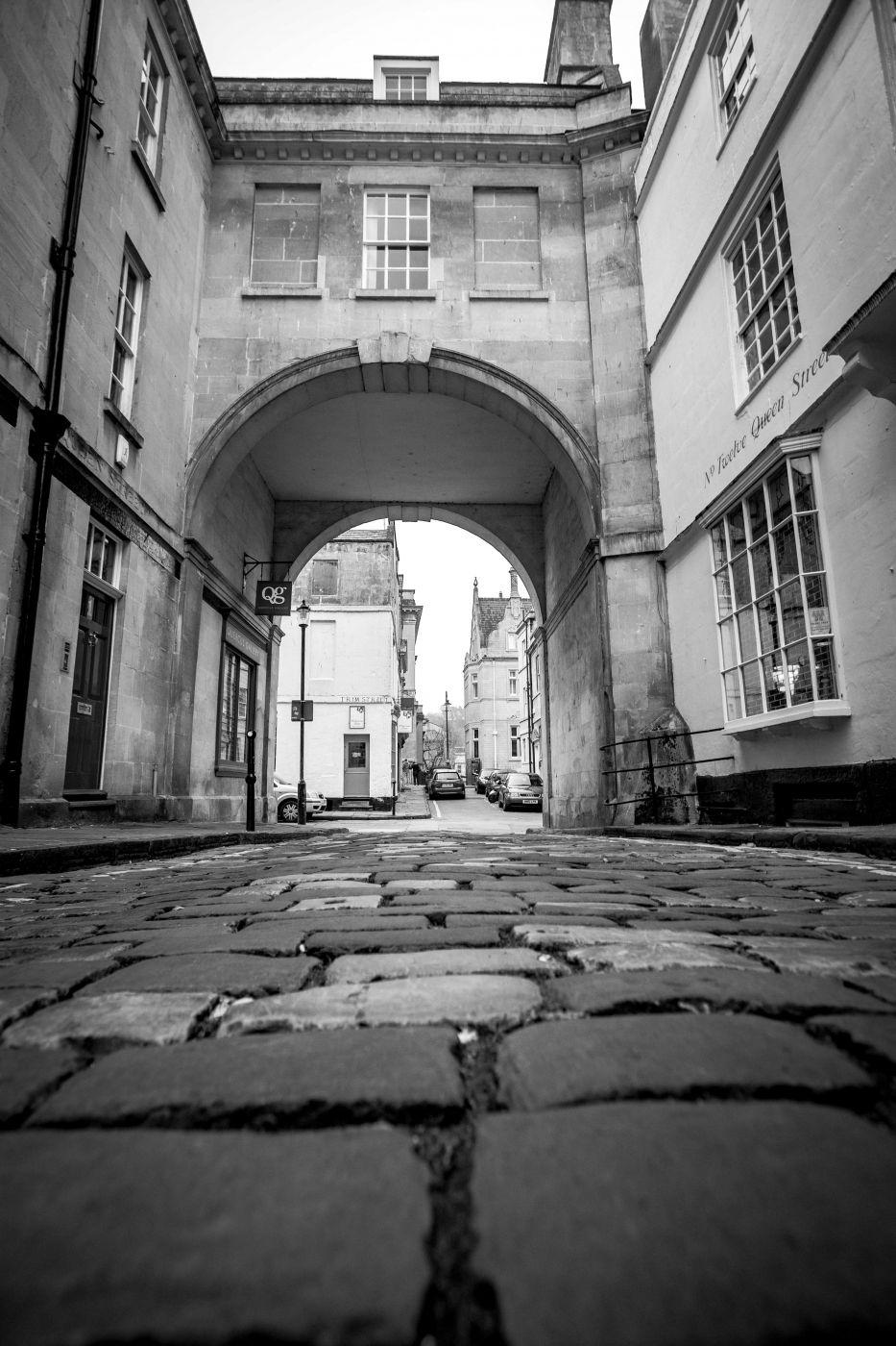 B&W street shot Bath England, United Kingdom