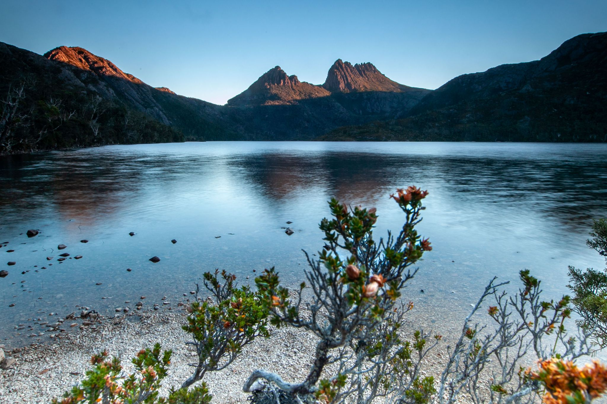 Dove Lake & Cradle Mountain sunrise, Australia