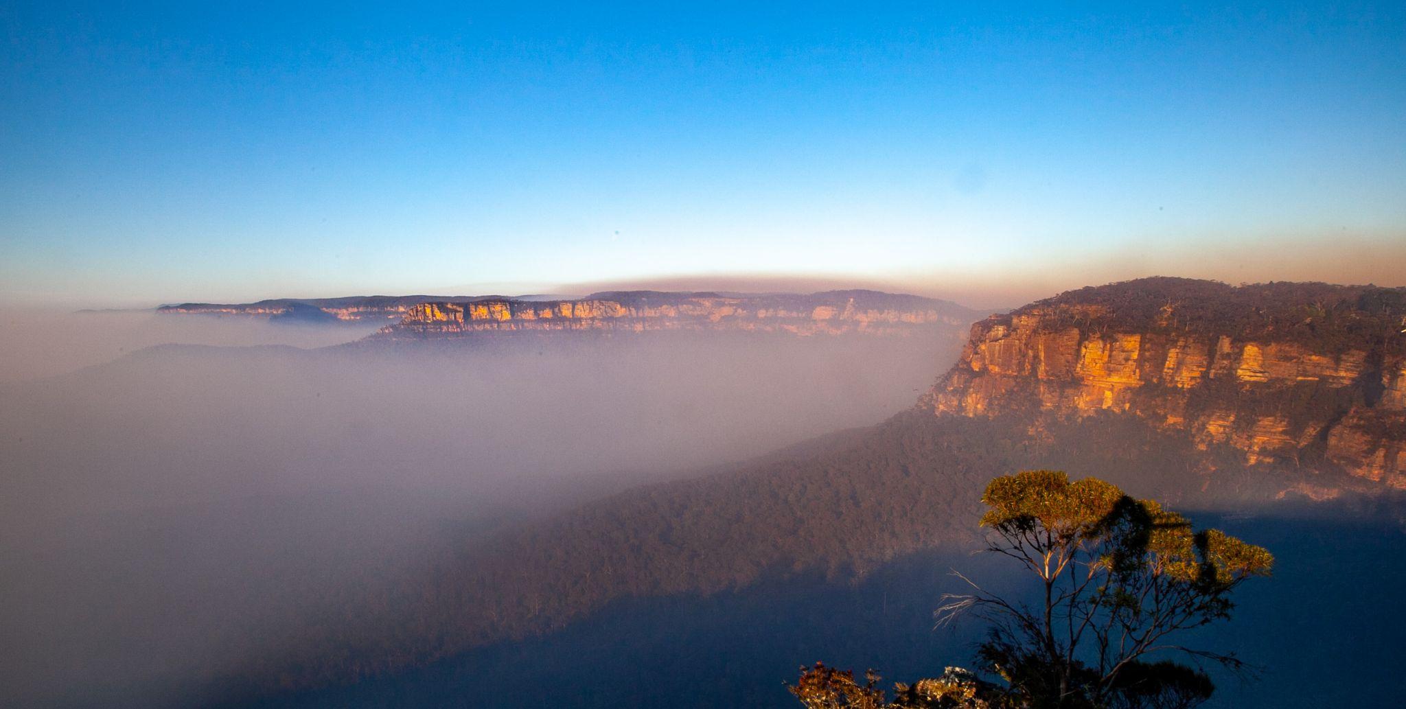 Echo Point lookout sunrise Katoomba New South Wales, Australia