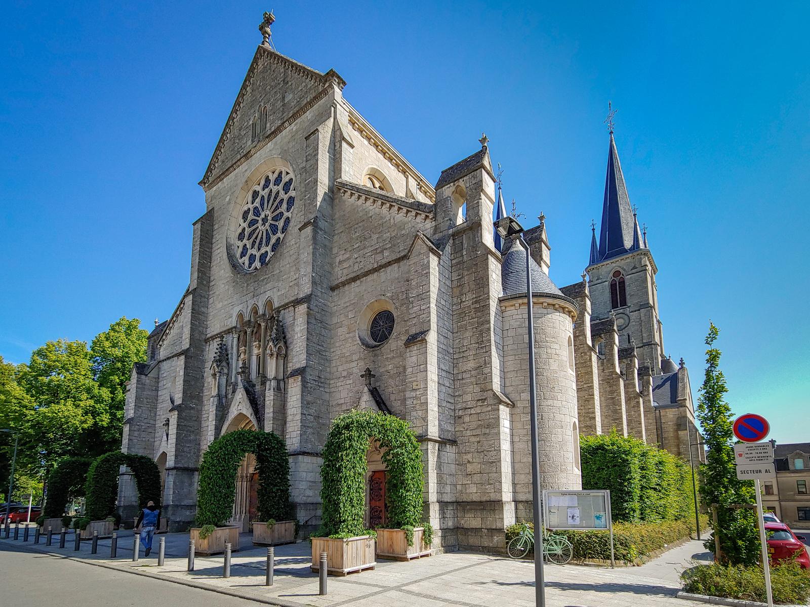 Eglisée Esch-Sur Alzette, Luxembourg