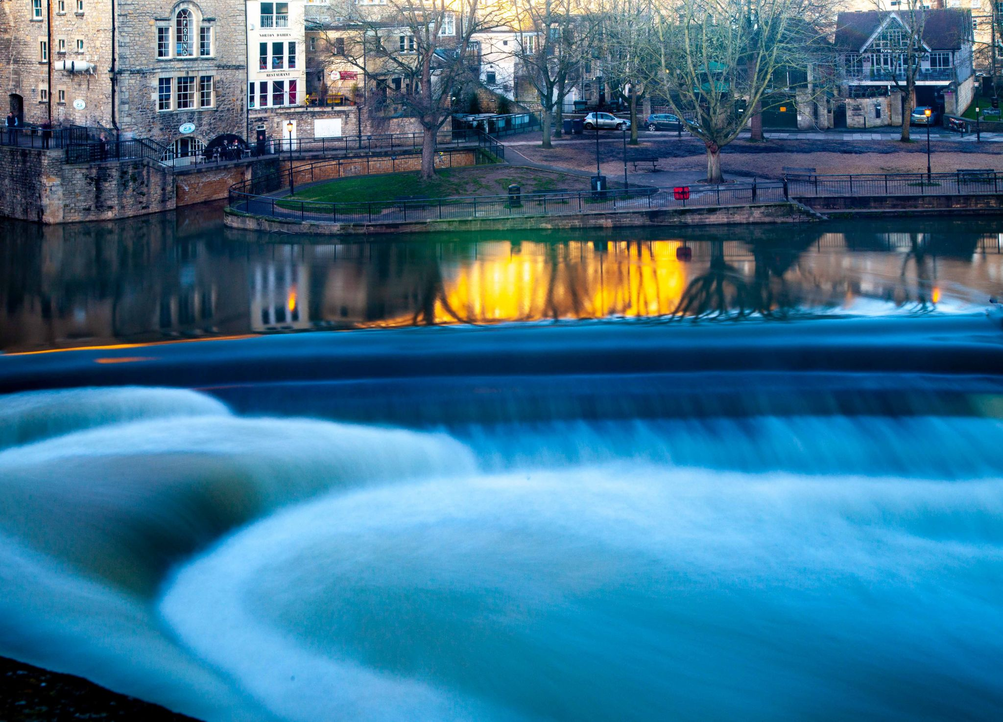 Weir & Avon River Bath, United Kingdom