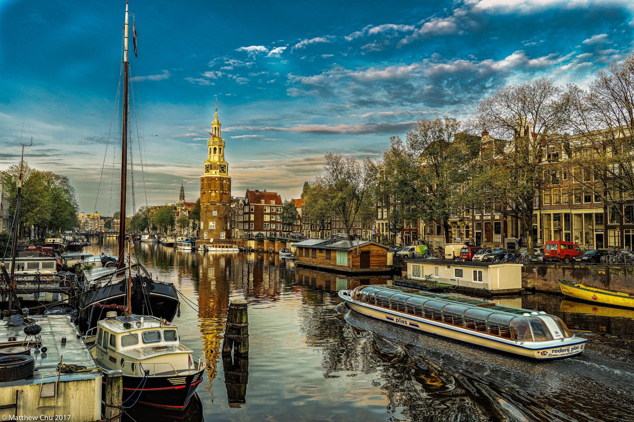 Prins Hendrikkade and Oudeschans, Amsterdam, Netherlands