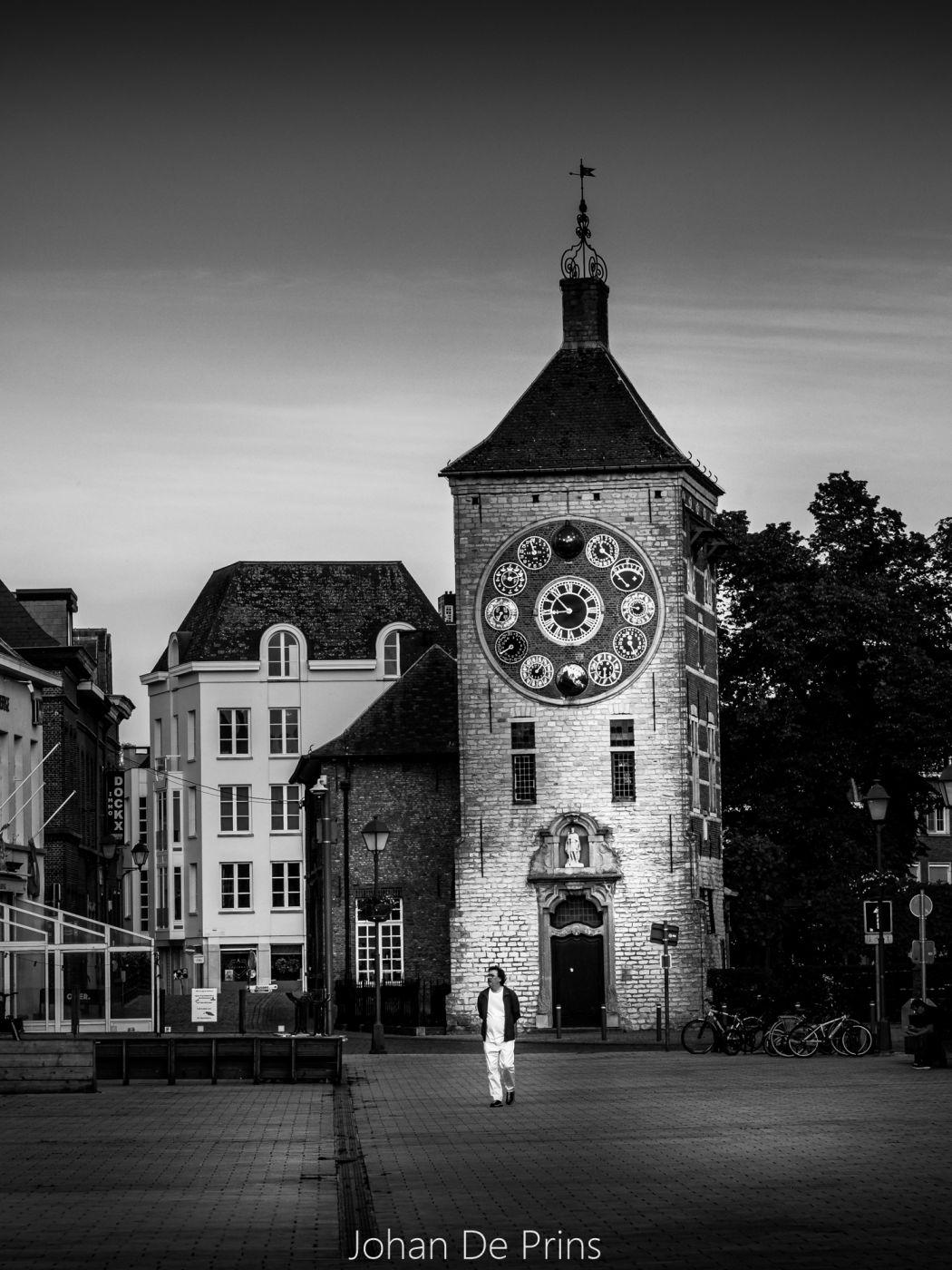 Zimmer Tower, Belgium