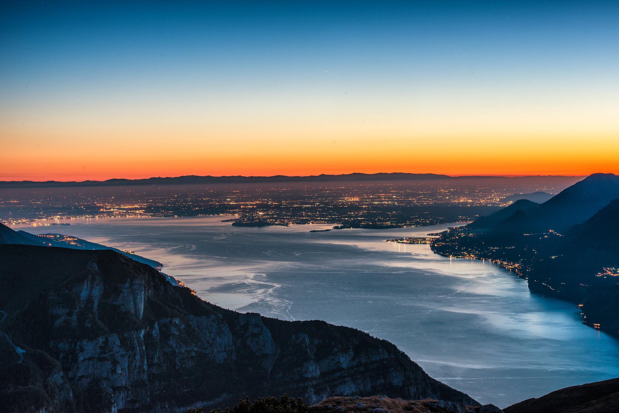 Overview on lake Garda, Italy