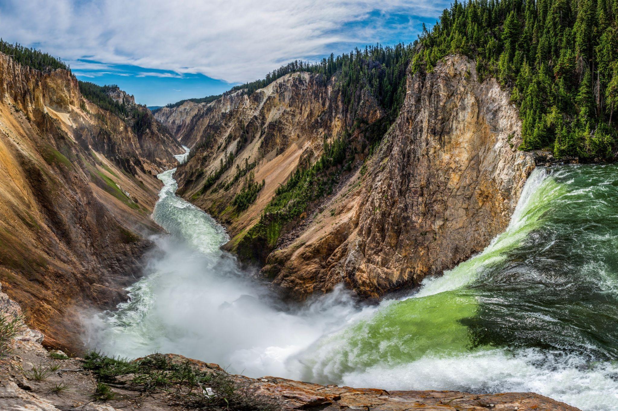 Brink of Lower Falls, USA
