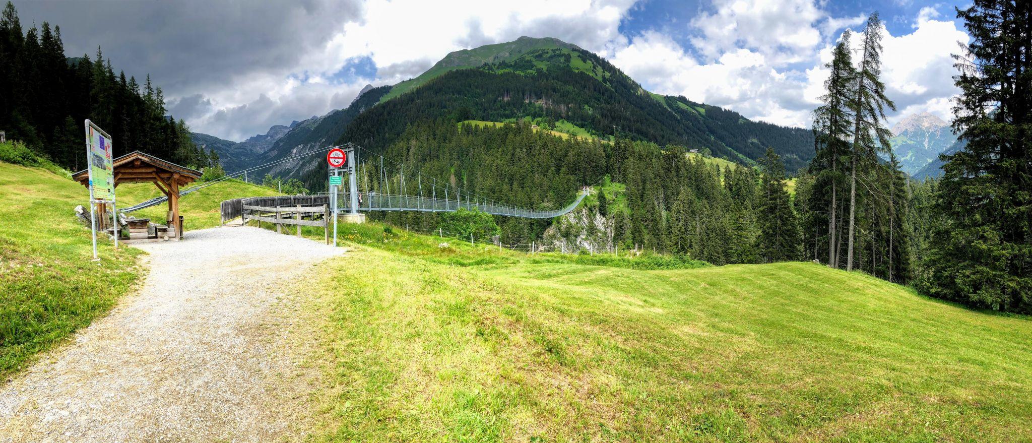 Hängebrücke Holzgau, Austria