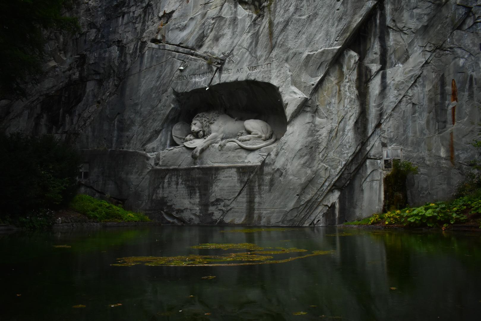 Löwendenkmal, Switzerland