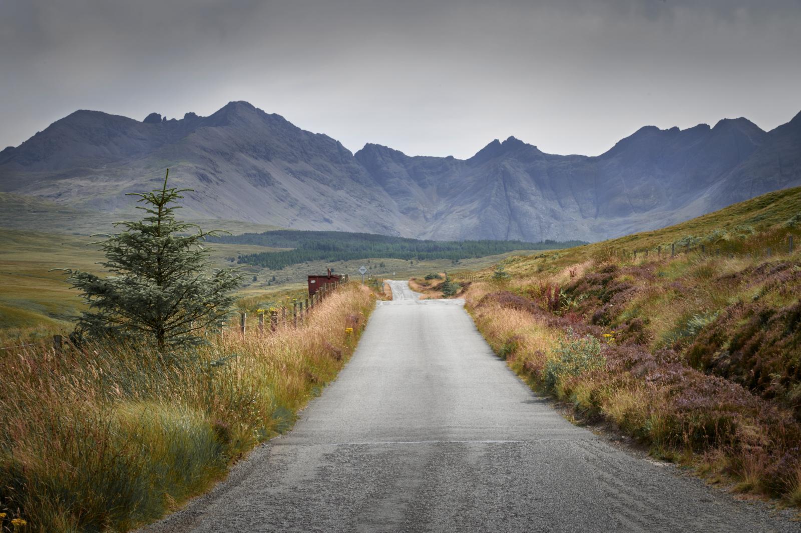 Skye Mountain Range, United Kingdom