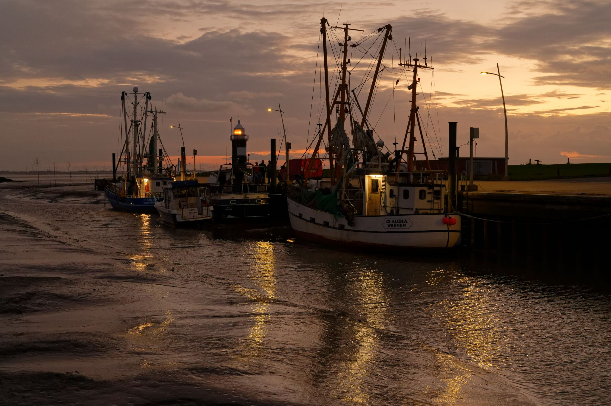 Wremen Sluice / Cutter Harbour, Germany