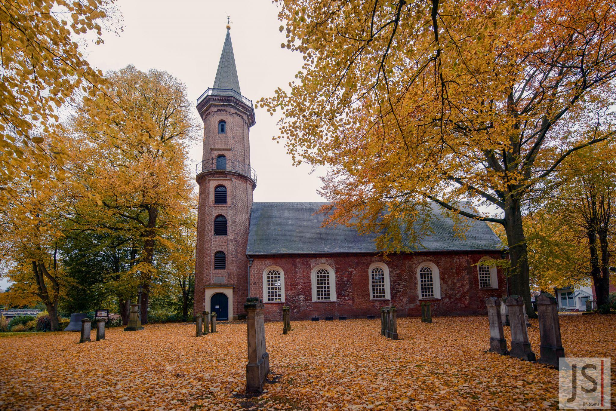 Evangelisch-reformierte Kirche in Leer-Loga, Germany