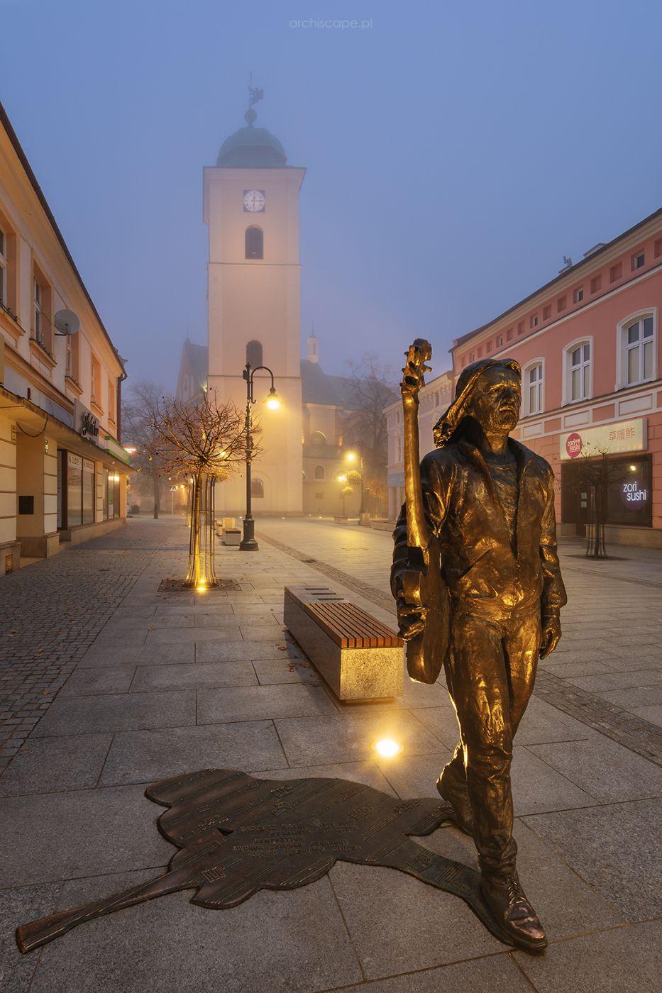 3 Maja / Statue of Tadeusz Nalepa, Poland
