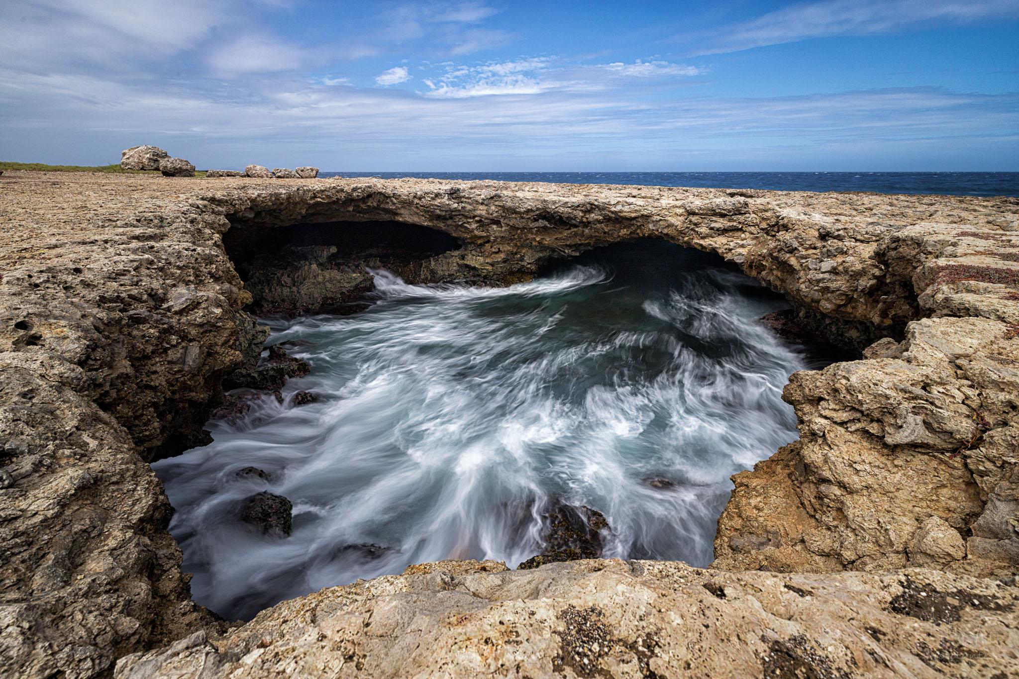 Kaya Playa Kanoa - natural hole, Curaçao