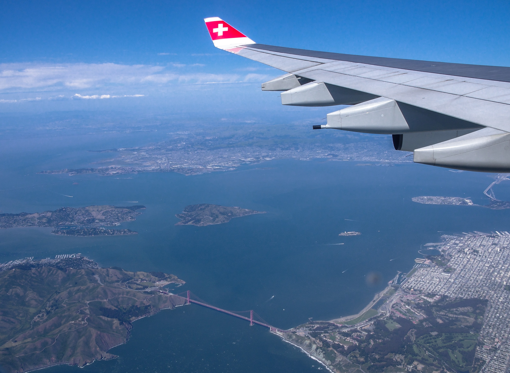 Once upon a time ... sightseeing with Swiss over Frisco, USA