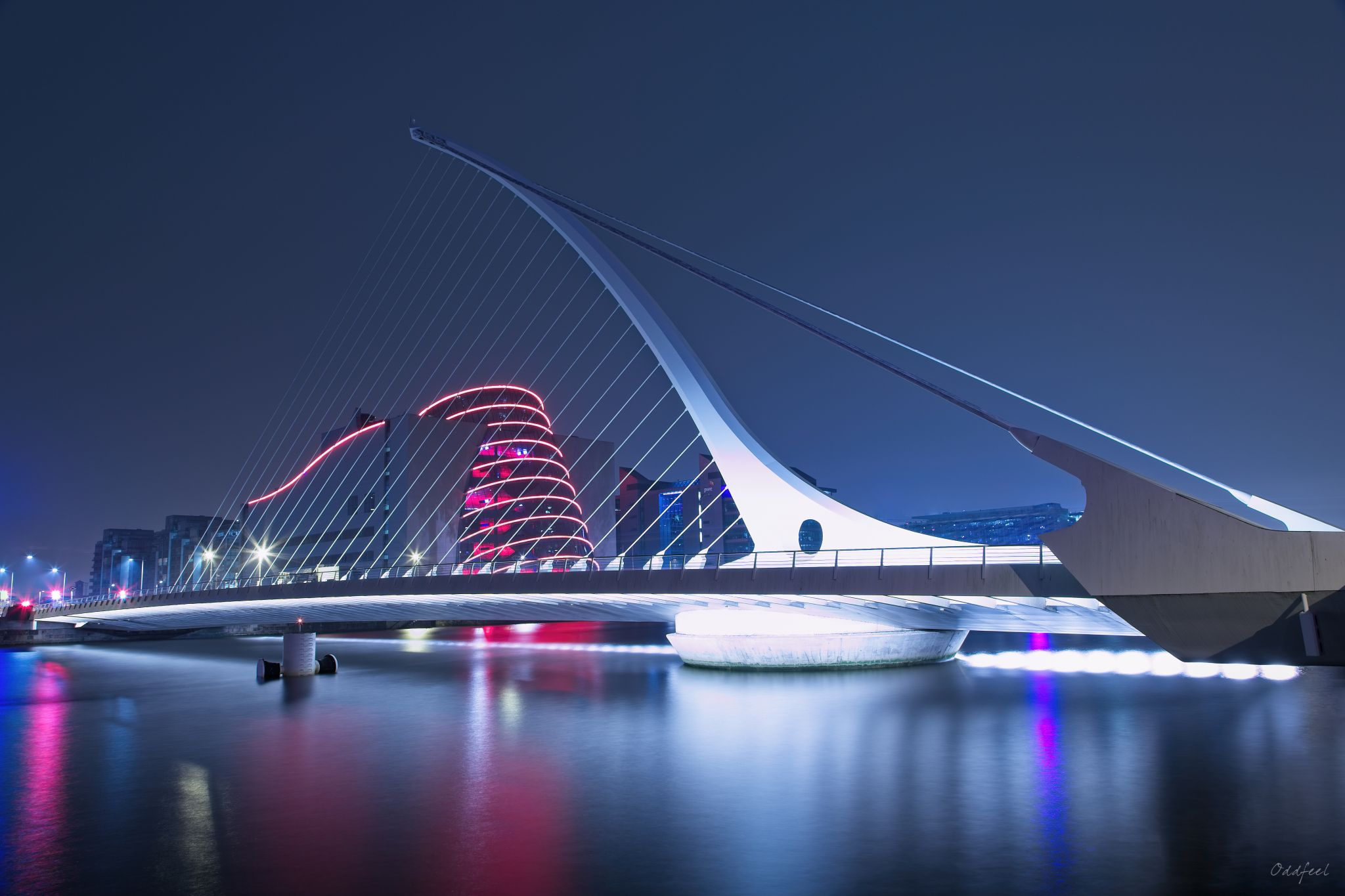 Samuel Beckett Bridge (Irish: Droichead Samuel Beckett), Ireland