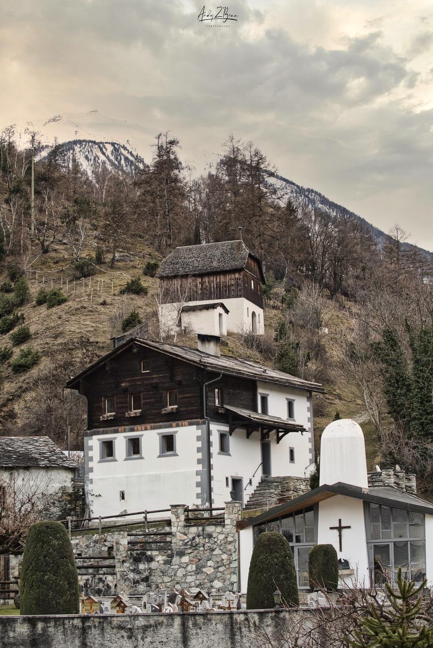 Wasserfal Turtmann, Schützenlaube, Dorf im Wallis, Switzerland