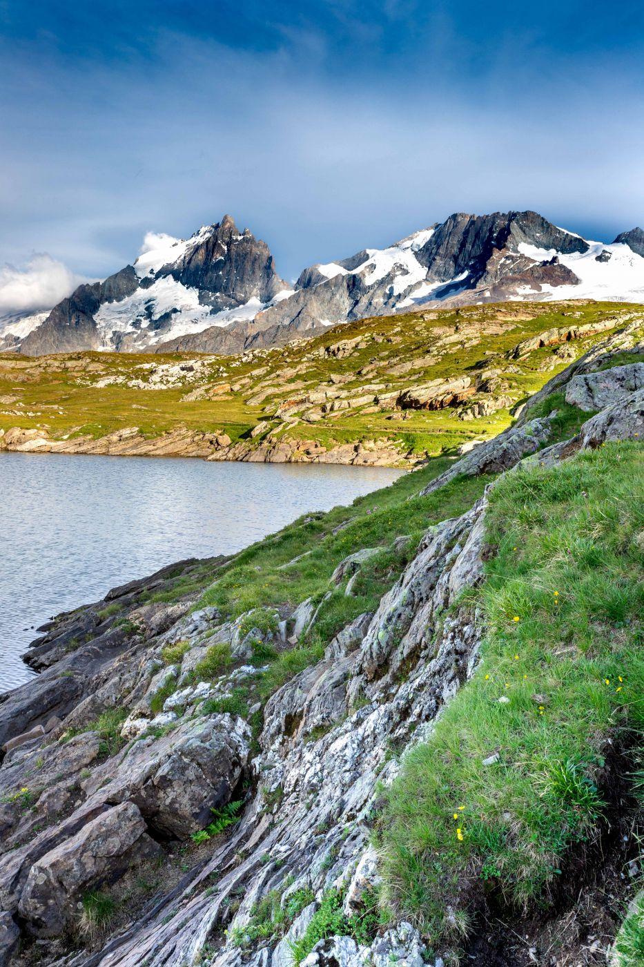 lac  noir, plateau d'emparis, Hautes Alpes, France