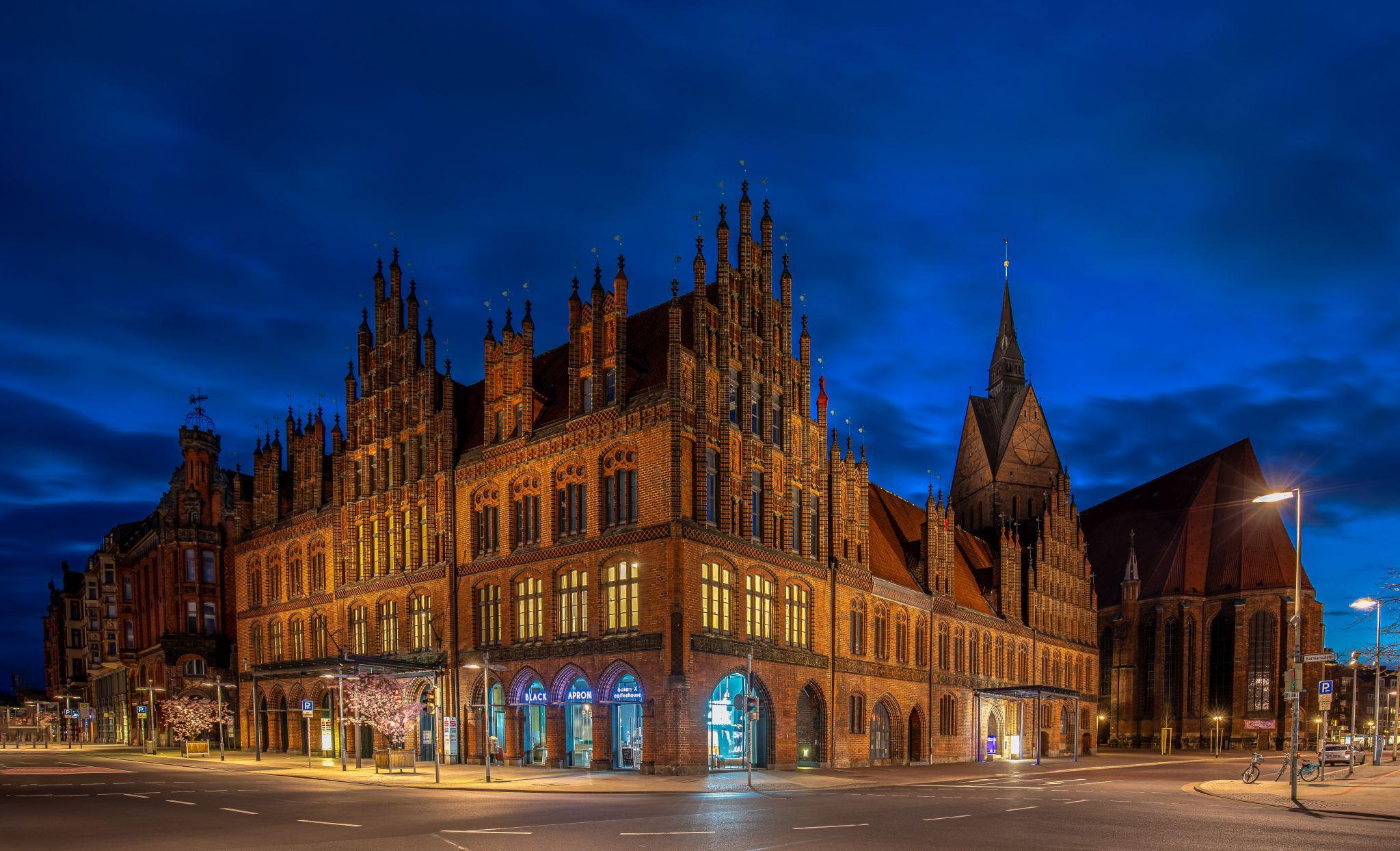 Altes Rathaus Hannover mit Marktkirche, Germany