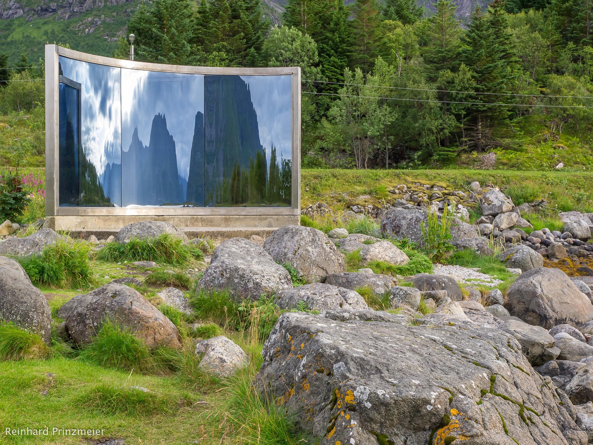 Lyngvær Mirror, Norway