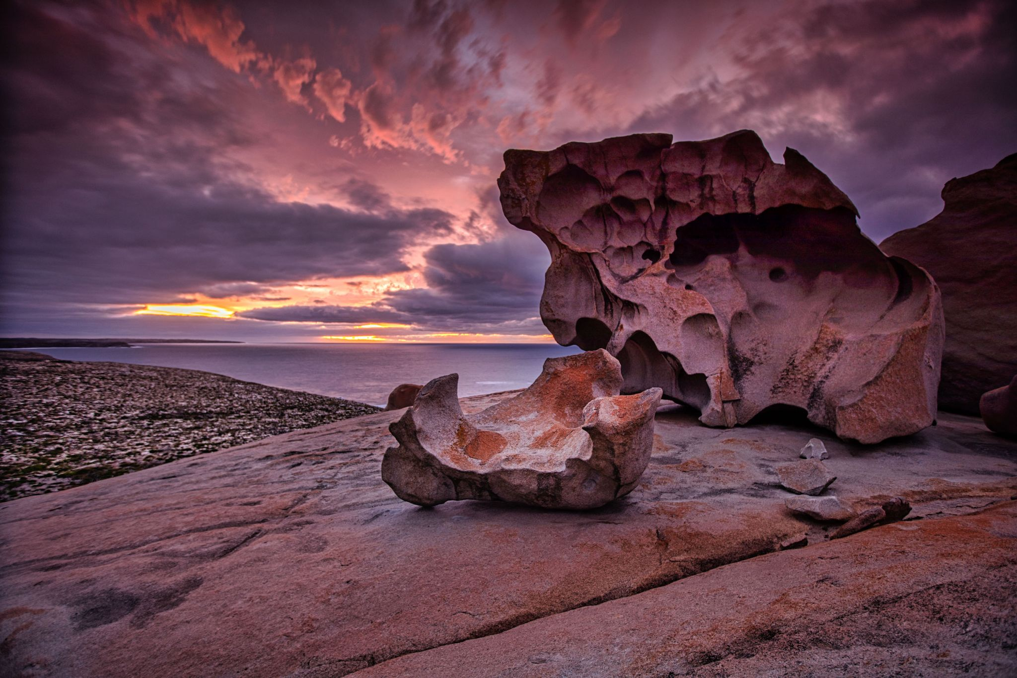 Remarkable Rocks, sunrise, 'Dogs Nose' Kangaroo Island, SA, Australia