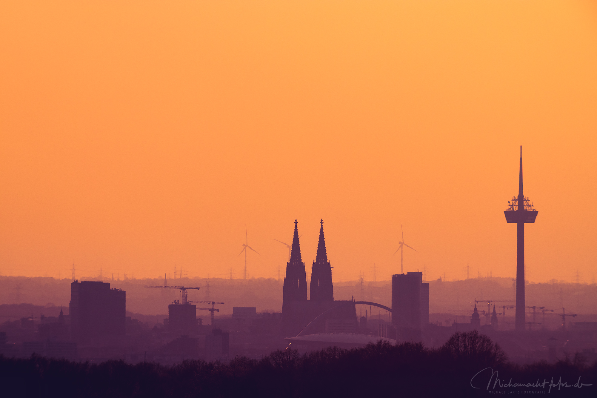 Skyline von Köln im Frühjahr, Germany