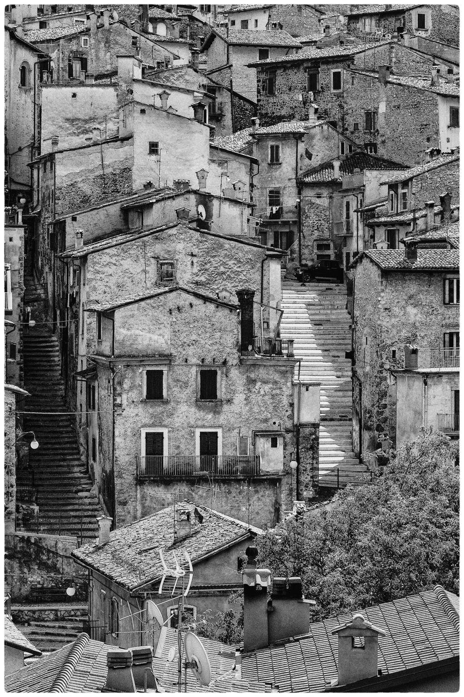 sulle orme di henri cartier bresson, Italy
