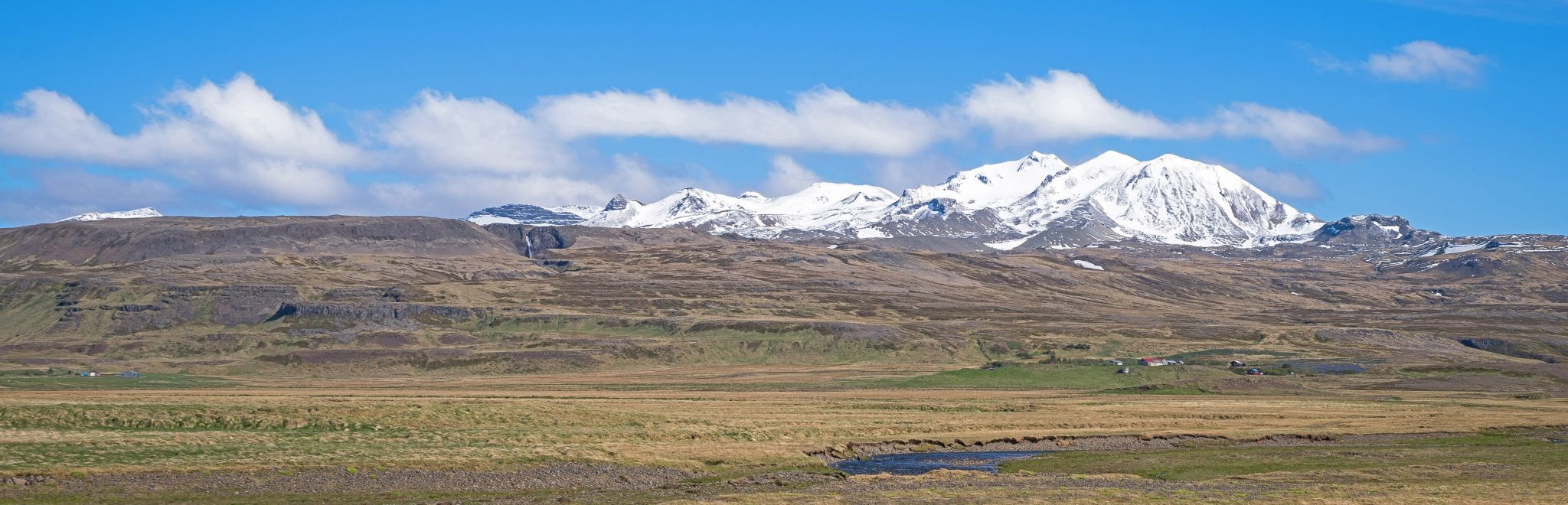 The land of the long white clouds: Iceland, Iceland