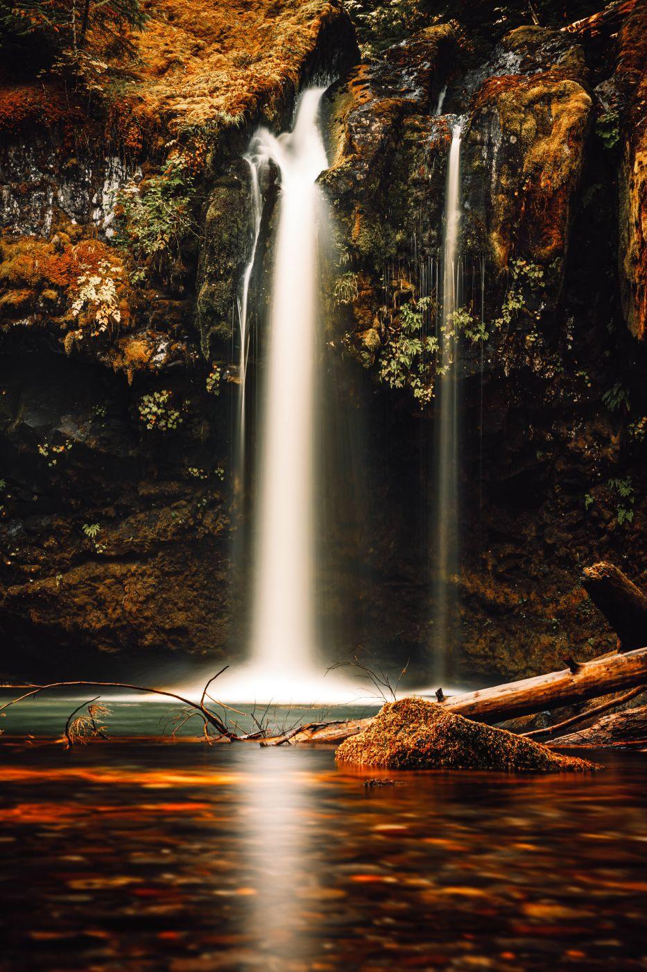 Iron Creek falls, USA