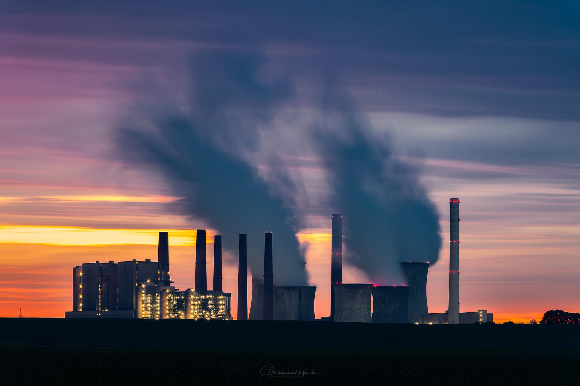 Kraftwerke bei Grevenbroich, Germany
